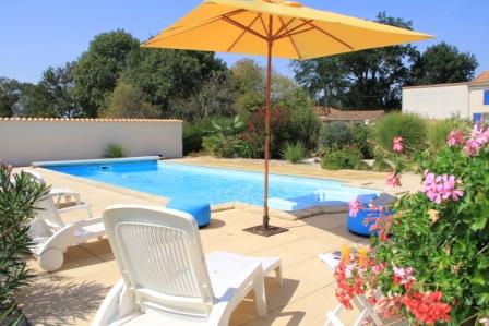 Photo piscine closerie du chene bleu chambre d'hôtes près de bordeaux