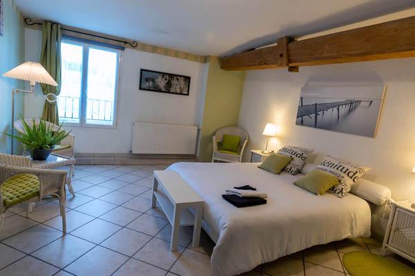 Chambre L'Estuaire à La Closerie du Chêne Bleu, location de chambres d'hôtes près de Bordeaux