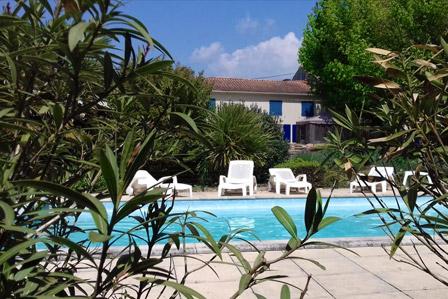 Psicine à La Closerie du Chêne Bleu, location de chambres d'hôtes près de Bordeaux